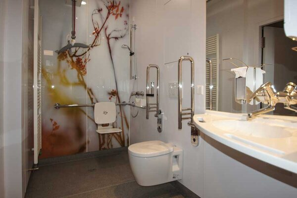 Webinar Prefabricated bathrooms in a modular design for hospitals and care facilities